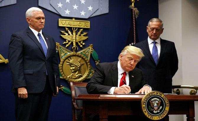 Sắc lệnh hạn chế nhập cư của Tổng thống Mỹ: Cuộc chiến pháp đình và mối lo  ngại khủng bố bị thổi phồng?